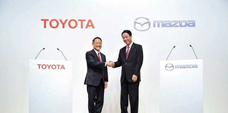 马自达与丰田合作研发智能车联信息娱乐平台