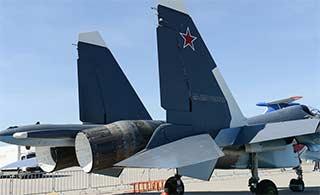 俄海军接装新款苏30SM战机