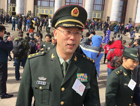"""""""军中黑马""""韩卫国任陆军司令员传递什么信号?"""