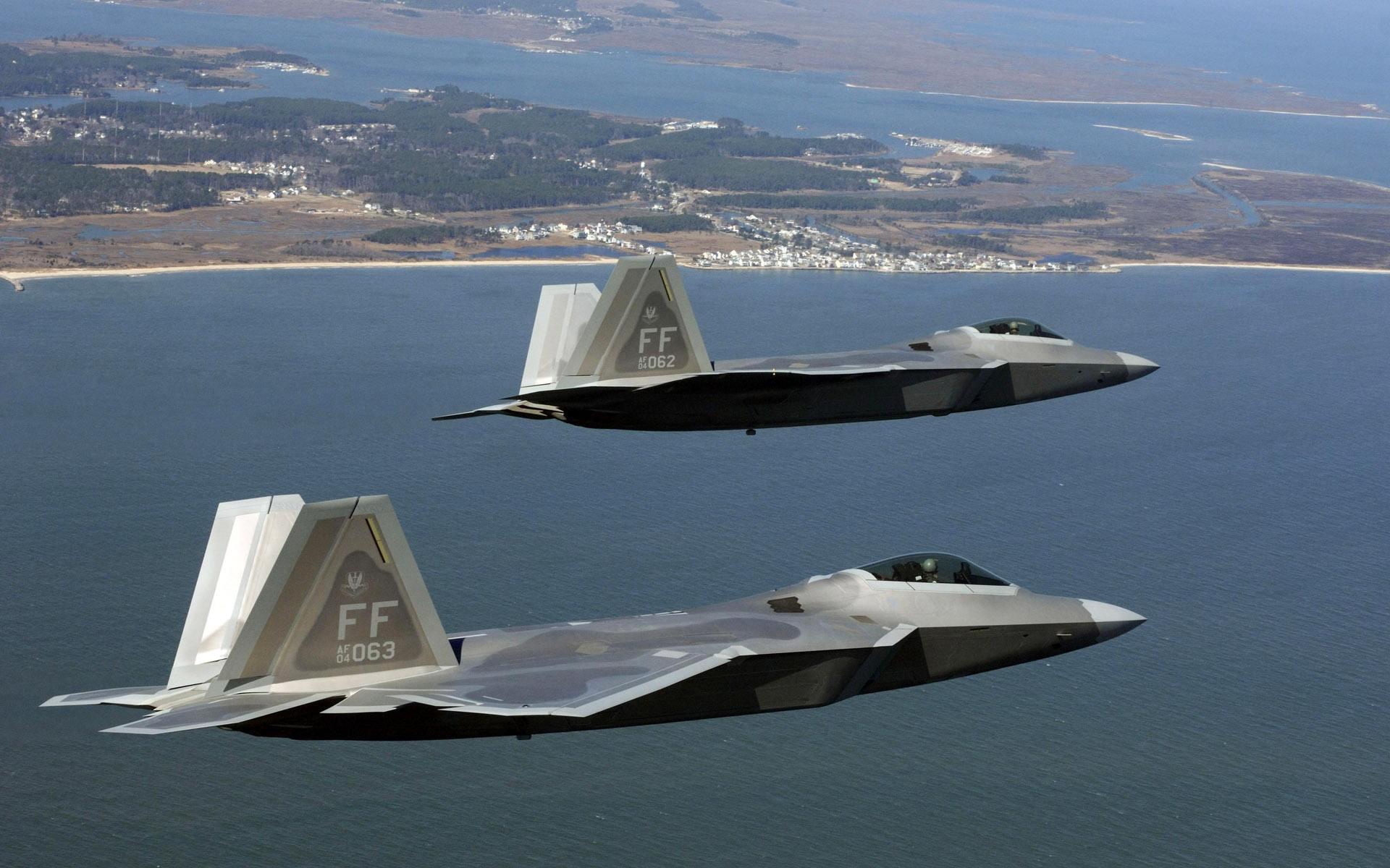 美媒:美军全方位升级F22战机 盯住歼20和苏57