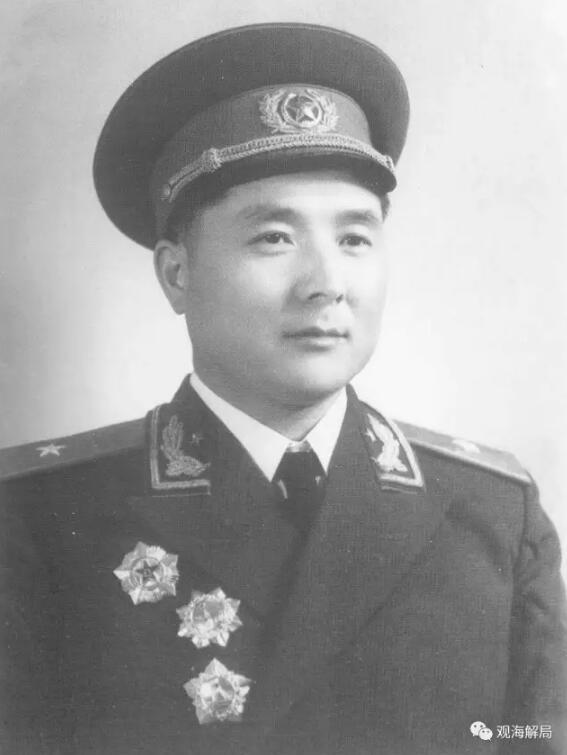 东风导弹发射成功 他奖励官兵仅2个煮熟的土豆