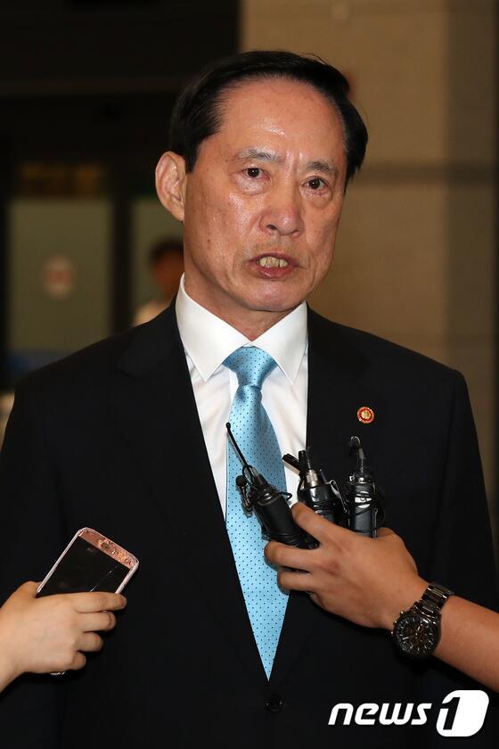 韩防长结束访美:未提在半岛部署战术核武器 媒体夸大报道
