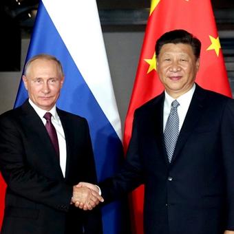 9月3日,习近平在厦门会见来华出席金砖会晤的俄罗斯总统普京。
