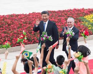 9月1日,习近平在人民大会堂外为巴西总统特梅尔举行欢迎仪式。
