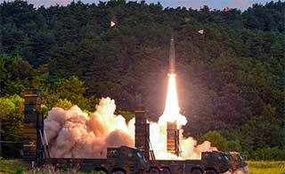韩国进行玄武2A导弹发射演习
