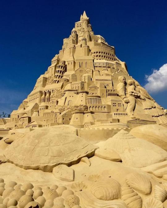 世界最高的沙堡:佛像罗马斗兽场都混一起了