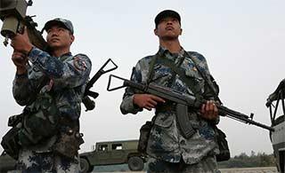 空军导弹部队仍然装备81杠步枪