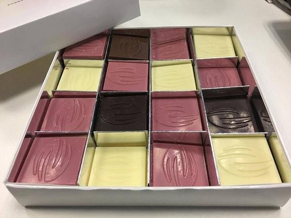 """瑞士公司首发""""红宝石""""巧克力 颜色粉嫩少女心"""