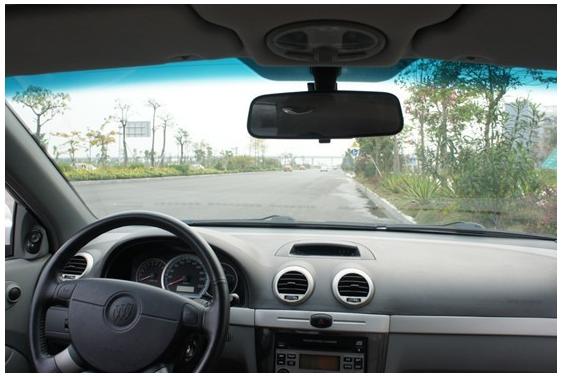 从此倒车不恐惧 道可视360全景行车记录仪倒车效果测试