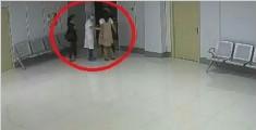 医院公布监控画面:坠楼孕妇2次向家属下跪