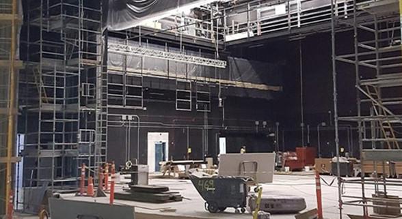 iPhone 8发布会现场内部曝光 乔布斯剧院亮相