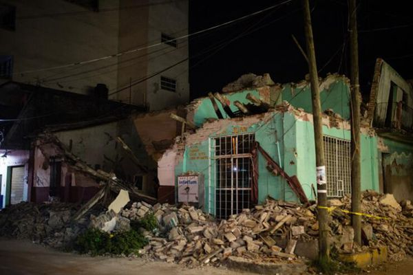 墨西哥震后:城市伤痕累累