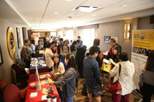 美国华裔校长:想申名校需早做准备 全面发展是关键