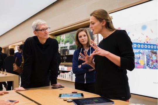 库克:苹果用产品改变世界 并非只针对富人