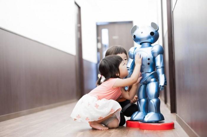 日本公司推出感应机器人 欲缓解劳动力短缺