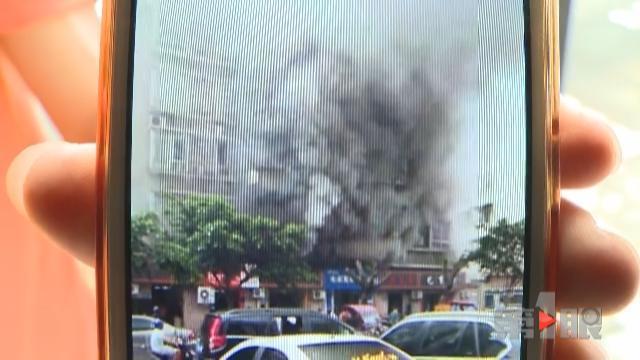 重庆一餐馆排烟道从未清理 累积油渍引发火灾