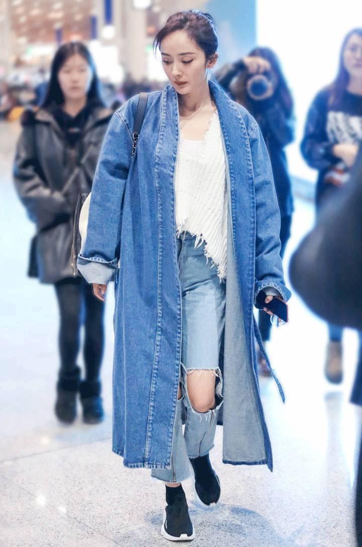杨幂蒋欣竟抢着穿这双丑鞋,不过都没有宋茜穿的好看,被圈粉了!