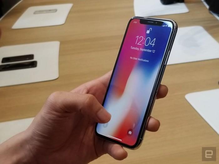 """""""刘海""""全面屏无实体HOME键 iPhone X现场实拍"""