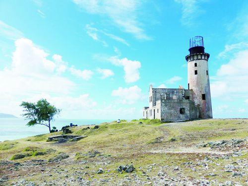 中国侨网灯塔岛上的灯塔已100多年没有灯光。