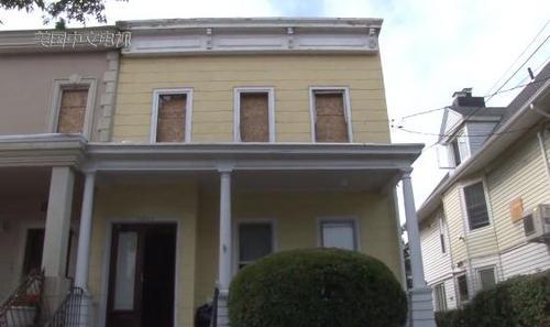 美媒:纽约华裔百万美元买房 入手3周房子发生大火