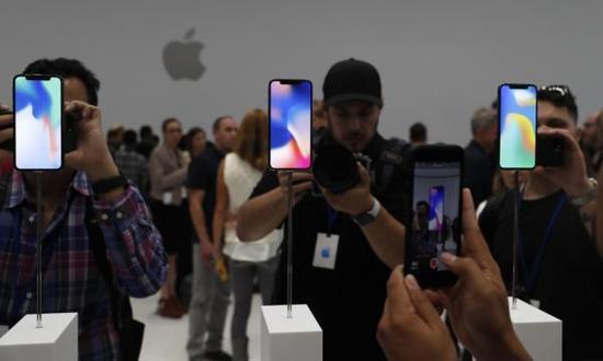 黄牛:iPhone X订金6000元总价炒至2万