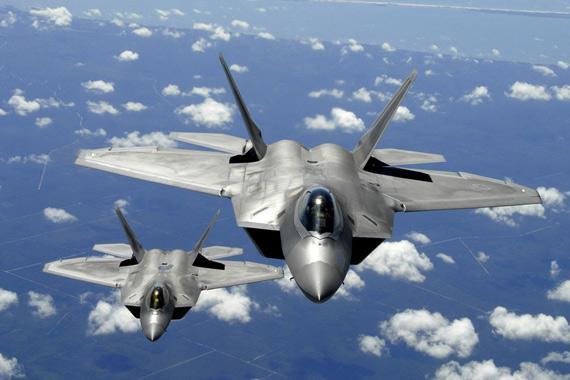 美媒:F22战机首飞已过20年 性能仍是空中霸主