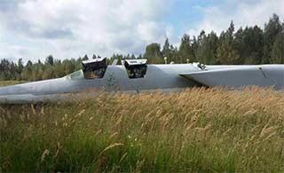 俄图22M3轰炸机坠毁2人受伤