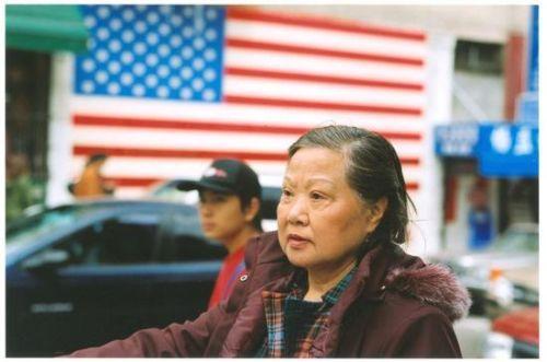 美媒:美国亚裔移民对比 中国人爱买房印度人收入高