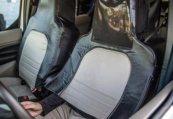 """为和自动驾驶汽车""""共处"""" 司机被伪装成座椅"""