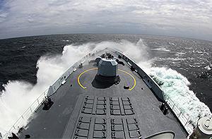 直击中俄海军联演精彩瞬间