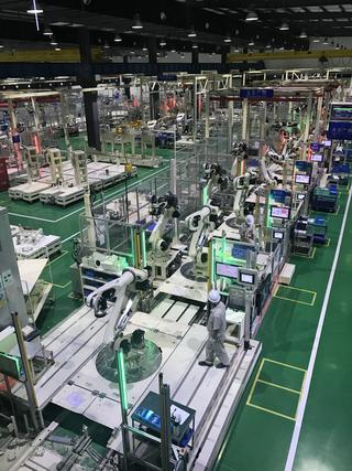川崎重工新增三条装配线 扩大在中国机器人生产