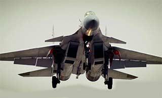 弹射版歼15前起落架结构清晰可见