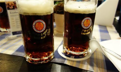今年慕尼黑啤酒节物价格外昂贵