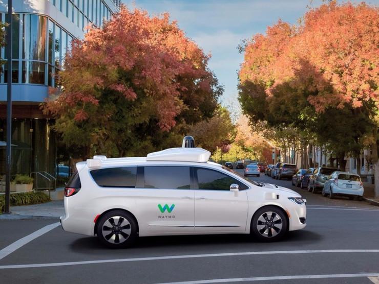 谷歌自动驾驶汽车机密数据曝光:至少11亿美元