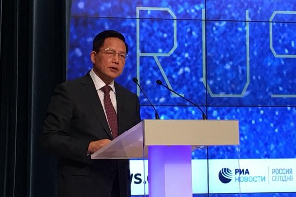 中国公共外交协会副会长胡正跃在论坛上致辞