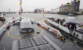 中国海军舰队首访比利时 054A舰颜值担当