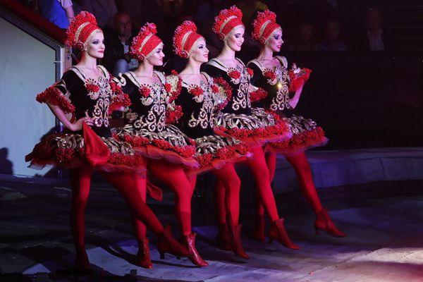2017世界马戏艺术节闭幕表演在莫斯科举行