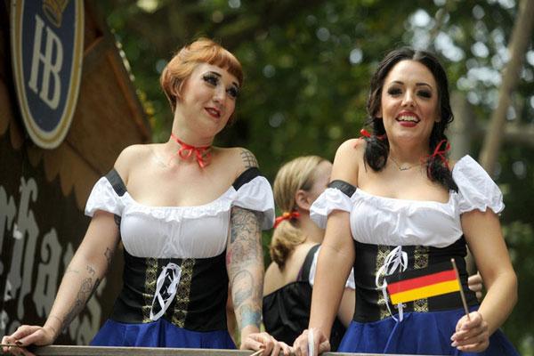 纽约举行史特宾日游行 德裔美国人欢聚一堂