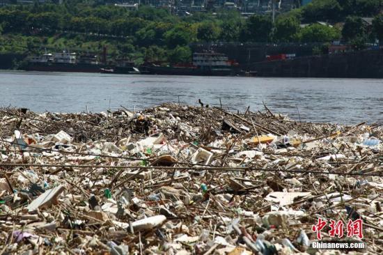中国生活垃圾年产量超过四亿吨 环卫市场大幕开启