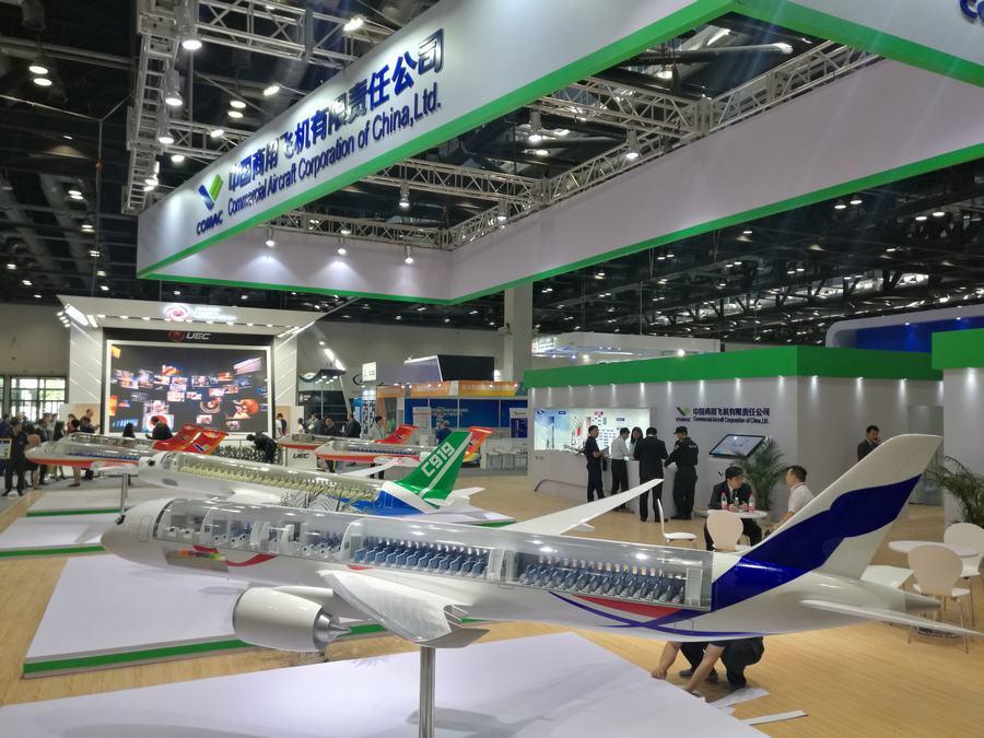 国产大飞机C919获市场青睐 再签130架新订单