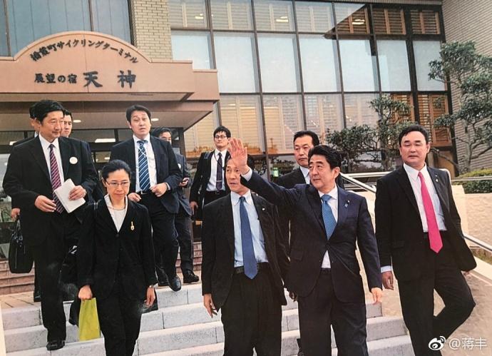 安倍晋三到过福岛第一核电站吗?巧了,他就是4年前的今天来的