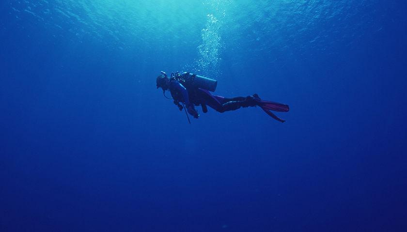 探索水下长城2名潜水员遗体均已打捞上岸 遇难原因仍未明确