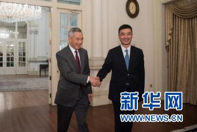 李显龙:中国高铁很平衡 想来中国体验无现金支付
