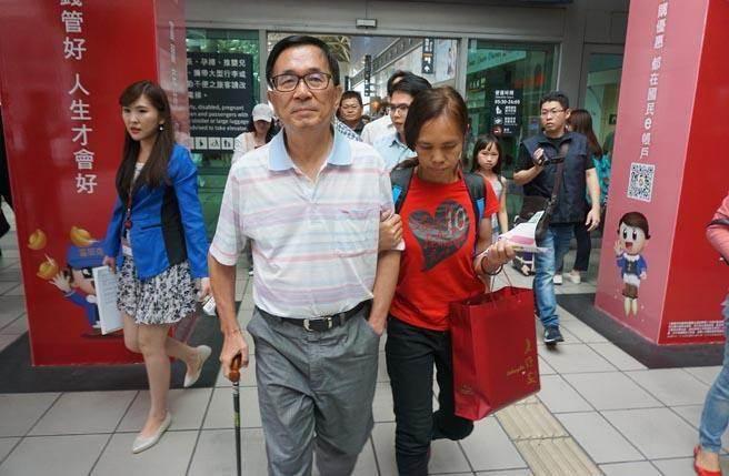"""蔡英文周日或遭""""逼宫"""" 近9成党代表要求""""特赦""""陈水扁"""