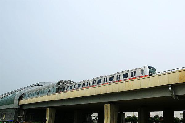 北京轨道交通燕房线、S1线、西郊线今日起试运行