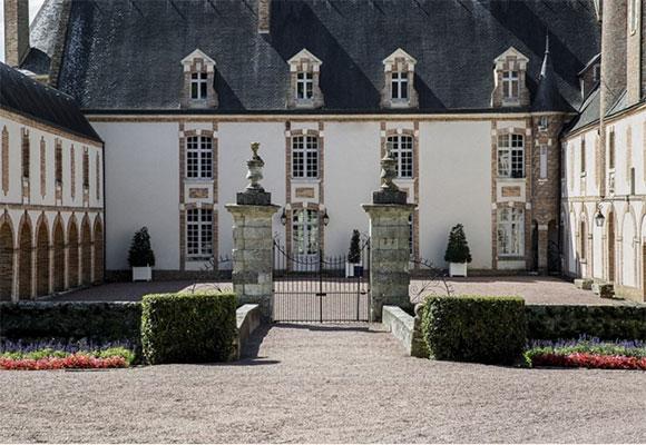 法国一城堡低价拍卖 起拍价仅7.9元