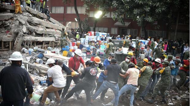 墨西哥大地震:21名孩童遇难30名失踪