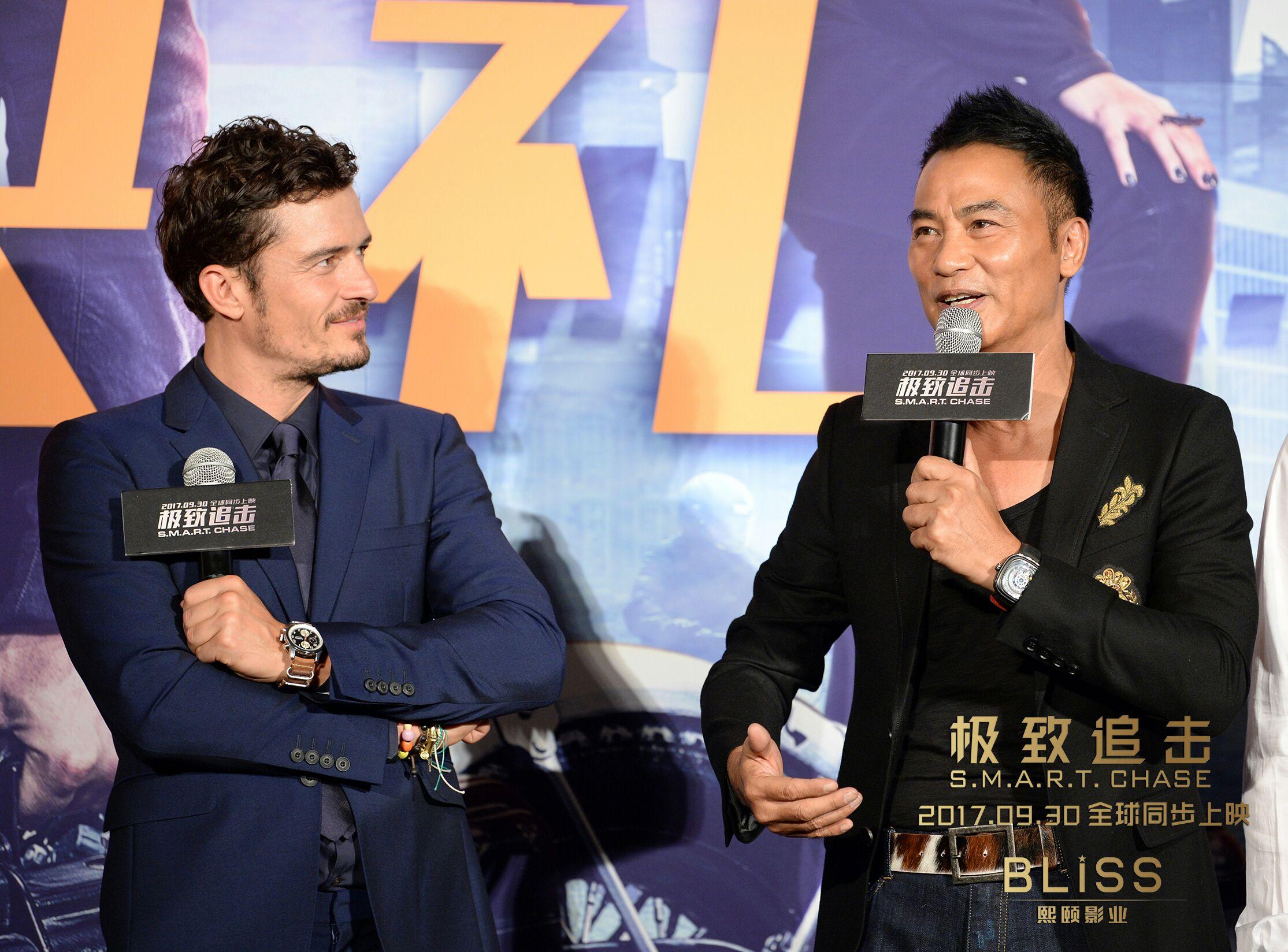 《极致追击》首映奥兰多大秀高难度中文