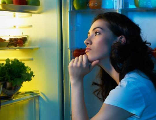 不是所有食材均适合冷藏 韩媒教你冰箱储存食物之道