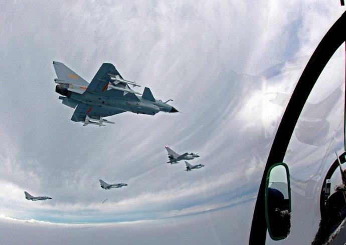 空军发言人:中国空军例行演训有些国家要习惯